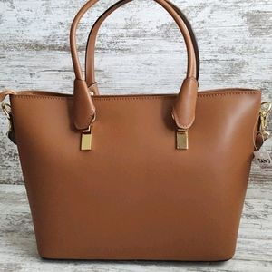 ⚀NWT Tano Italian Handmade Leather Tote